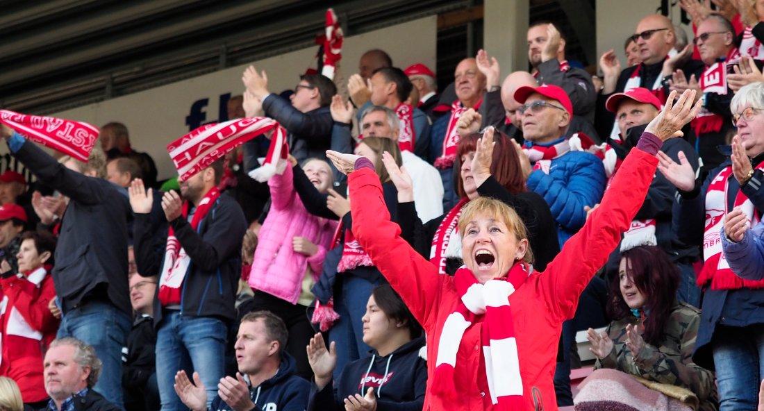 Publikum var fornøyde med seieren!